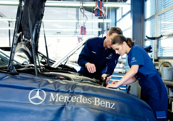 service Mercedes Benz 01